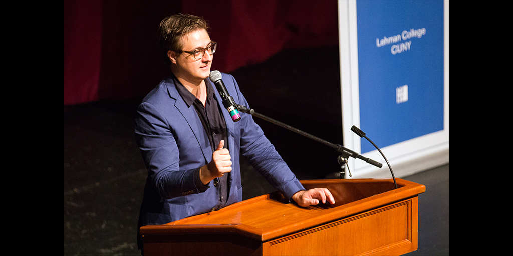 Photo of Chris Hayes