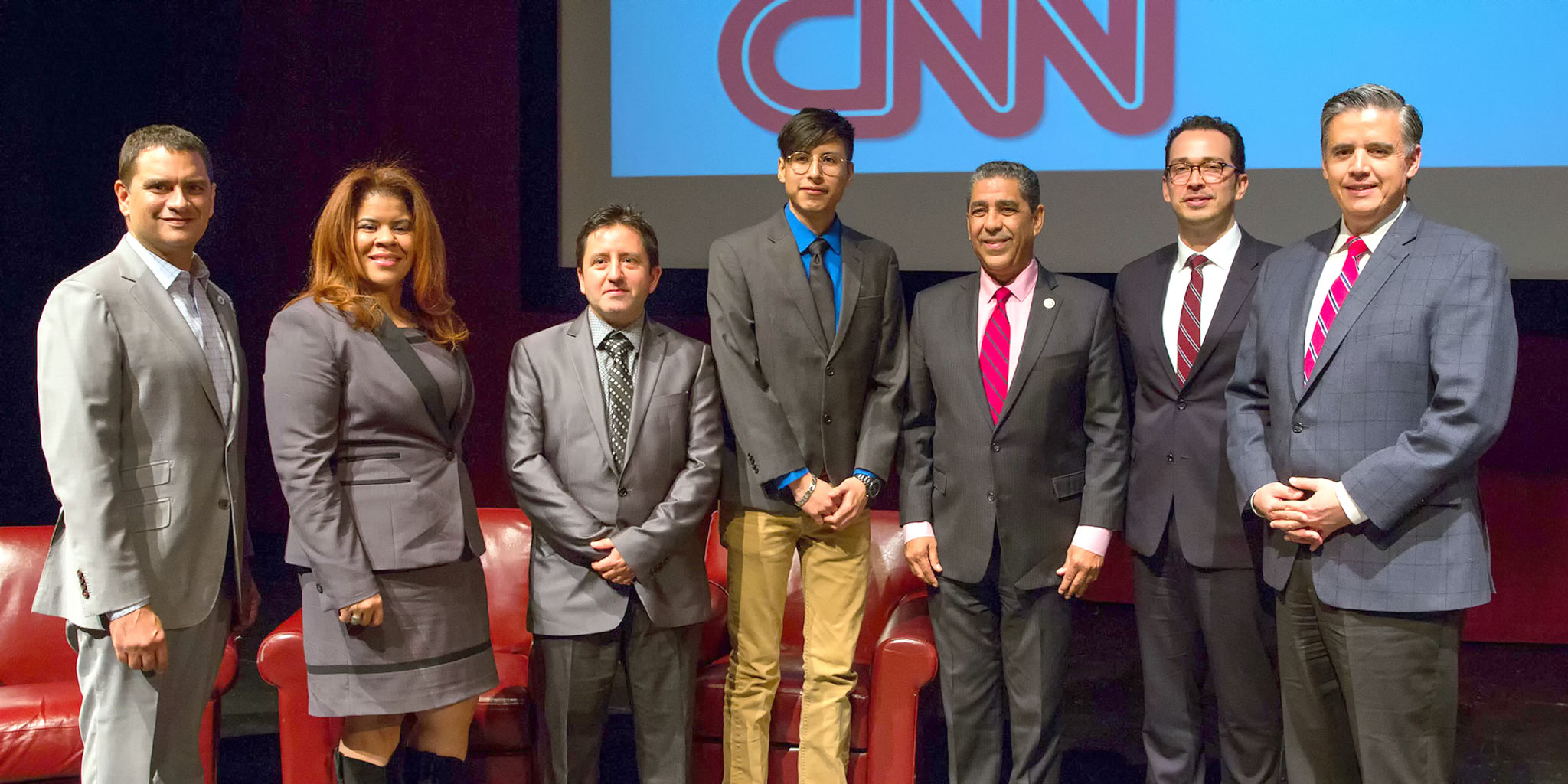 CNN en Espanol Screens Documentary at Lehman College that Chronicles the Struggle of Undocumented Immigrants in the U.S.