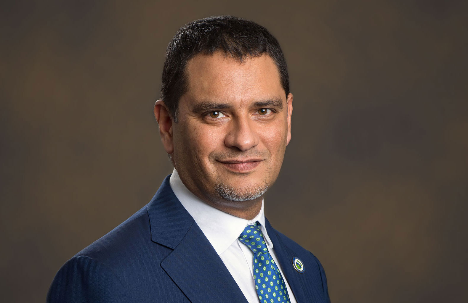Photo of Lehman College President Jose Luis Cruz